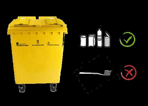 Cepillo de dientes en contenedor amarillo