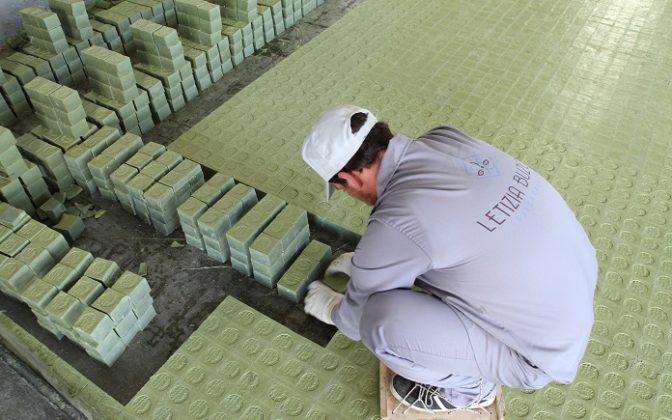 Fabricación a mano del Jabon de Alepo